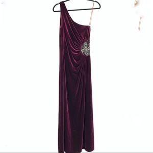 JS Boutique women's long gown dress velvet formal